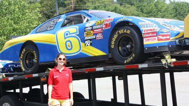 Fabienne heads to Nascar country and joins the podium with Batelco racing